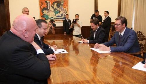 Dačić pozvao Vučića da zajedno izađu na izbore 9