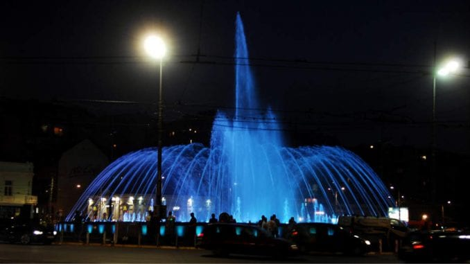 Šta kažu građani o fontani na Slaviji? 1
