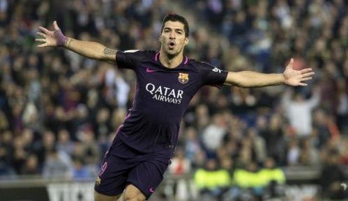 Zatvor zbog dresa Barselone 11