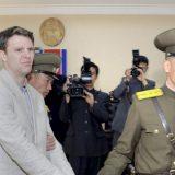 Umro američki student oslobođen iz Severne Koreje 12