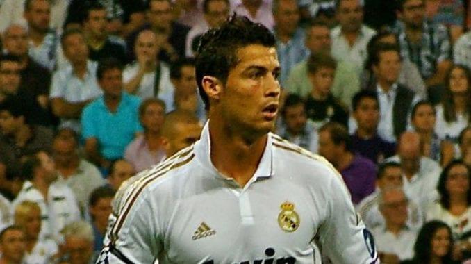 Uvređeni Ronaldo ostaje u Realu 1