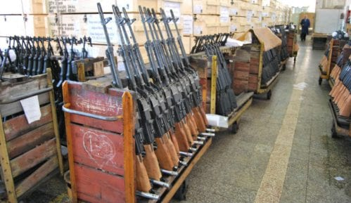 Dopisnik Danasa iz Kragujevca izložen vređanju i klevetama zbog tekstova o fabrici oružja 18