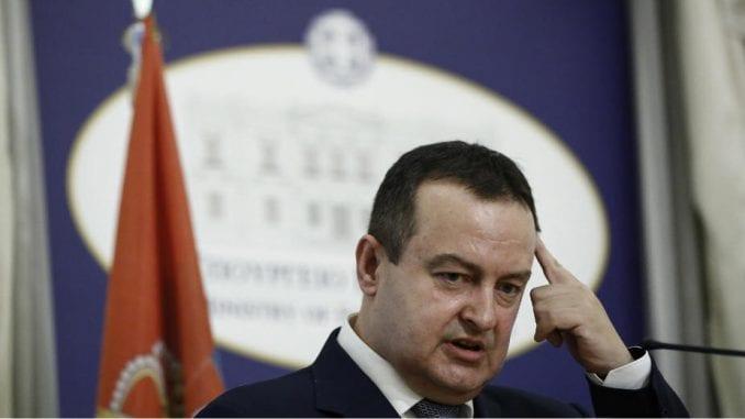 Rusi čekaju diplomatski status, Srbija vojne avione 1