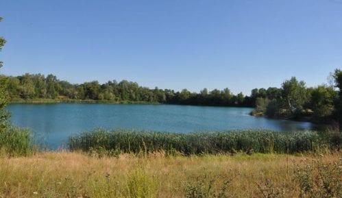 Požarevljani spas od vrućina traže i na jezerima pored Morave 4