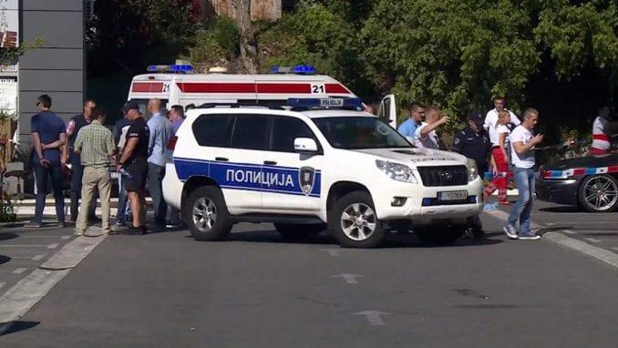 Muškarac ubio ženu i dete ispred Centra za socijalni rad 3