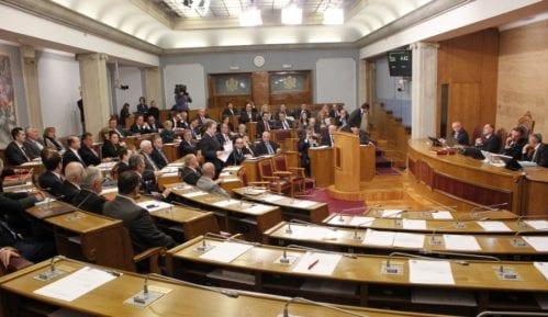 Poslanici Demokratskog fronta uz Medojevića 2
