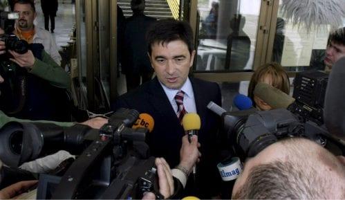 Nebojša Medojević i njegova supruga sprovedeni u karantin 15