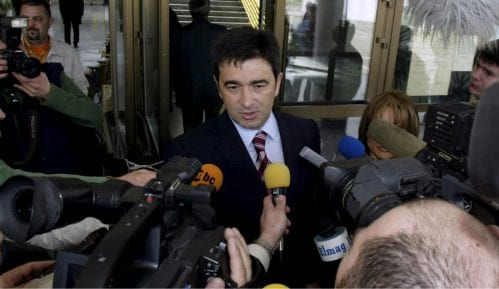 Nebojša Medojević i njegova supruga sprovedeni u karantin 10