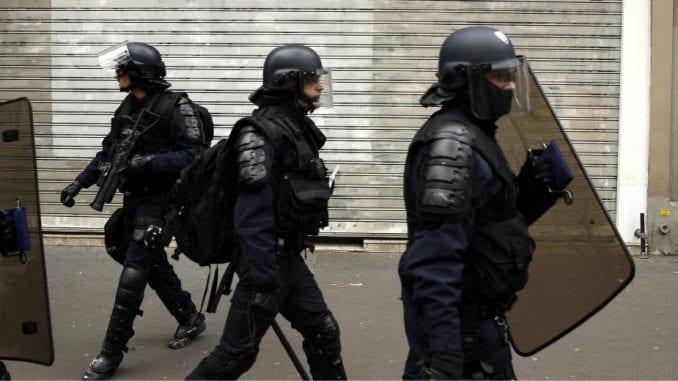 Tužilaštvo protiv terorizma otvorilo istragu o ubistvu policajaca u Parizu 1