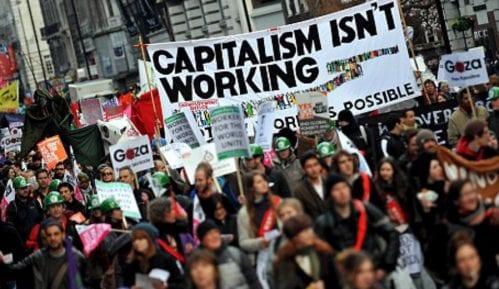 """Oko 5.000 demonstranata na maršu """"Dobro došli u pakao"""" 4"""