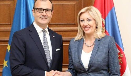 Ministarka Joksimović sa novim ambasadorom EU 7
