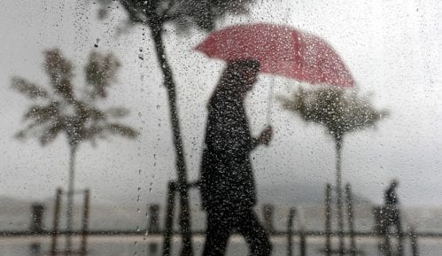 Sutra promenljivo oblačno, moguća kiša 12
