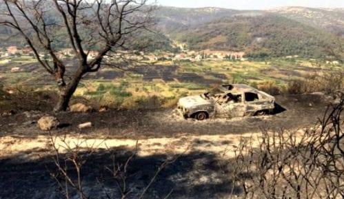 Nema više aktivnih požara u Dalmaciji 4