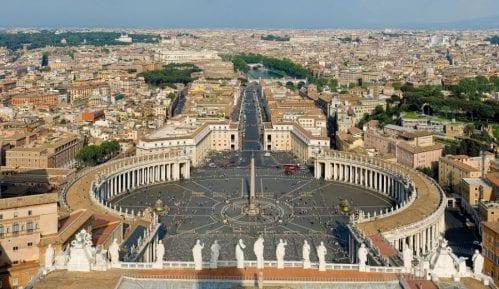 Vučić sutra u Vatikanu sa papom Franjom 2