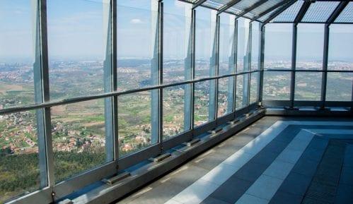 Vikendom toranj na Avali poseti 5.000 ljudi 6