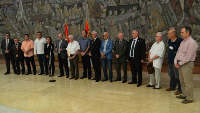Krkobabić potpisao ugovore sa prve dve novoosnovane zadruge 1