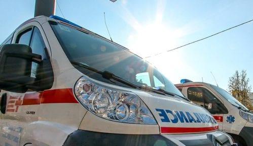 Auto probio ogradu i sleteo sa nadvožnjaka u Jagodini, vozač teško povređen 8