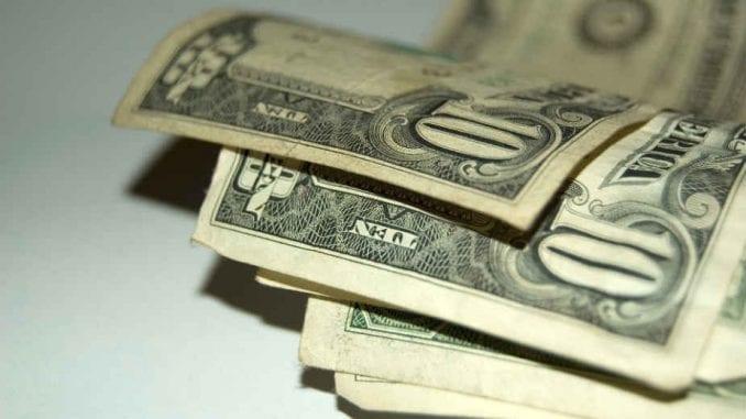 Iranski rijal pao na najniži nivo u odnosu na dolar 2