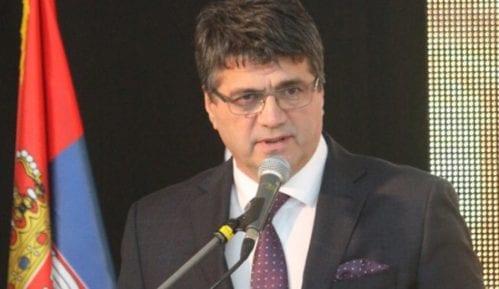 Gradonačelnik Niša napadnut na Kosovu, smešten u KC Niš 10