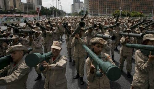 Venecuela mobilisala 900. 000 vojnika 1