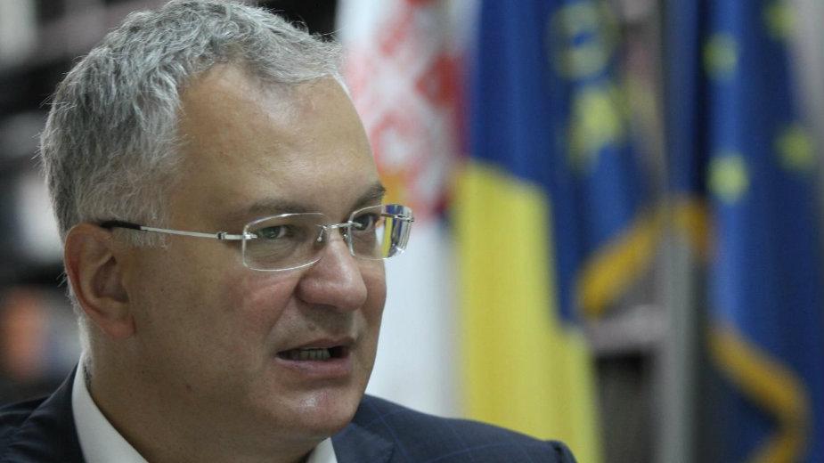 Dragan Šutanovac: Rusija želi da iskoriti situaciju i zaradi poene 1