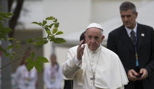 Papa optužen za jeres 14
