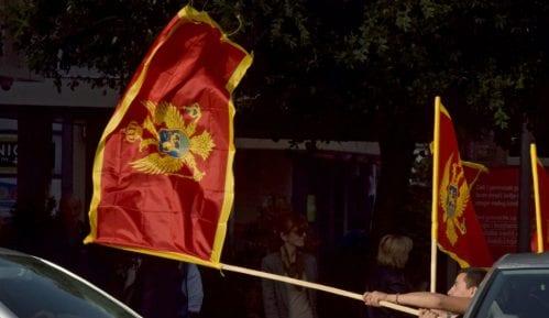 Na molebanu za SPC u Crnoj Gori više hiljada ljudi iz Zemuna i Novog Beograda 1