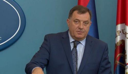 Dodik najavio odlaganje referenduma 2