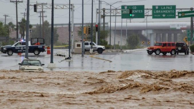 Tropska oluja i poplave u Meksiku, najmanje četvoro mrtvih 1