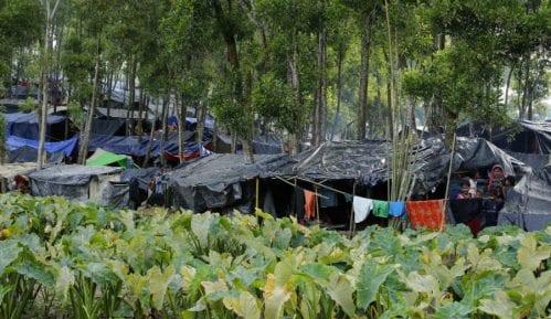 Bangladeš traži da Mjanmar primi nazad Rohinđa muslimane 9