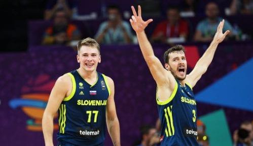 Slovenija prvi finalista Eurobasketa 9