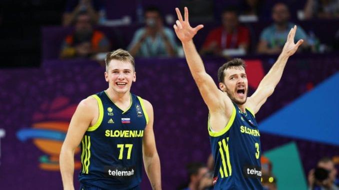 Slovenija prvi finalista Eurobasketa 1