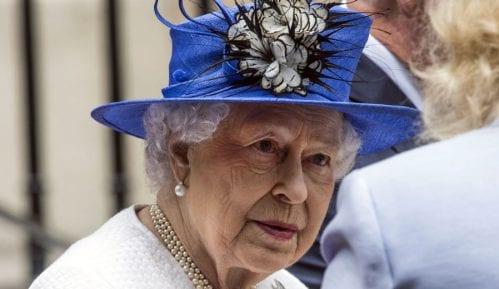Kraljica Elizabeta Druga u božićnoj poruci govori o uzburkanoj godini 2