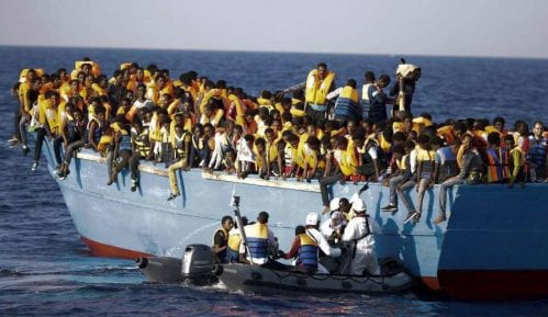 Potonuo brod sa migrantima, jedno dete izgubilo život 5