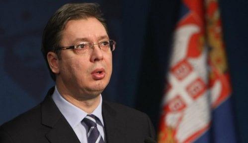 Vučić se večeras obraća javnosti 6