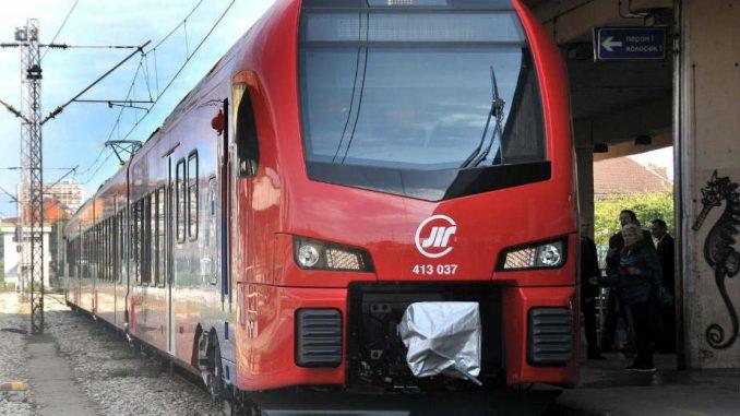 Već dva meseca vozovi ka Rumuniji stoje 1