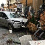 Automobil uleteo u Knez Mihailovu, povređeno dvoje 2