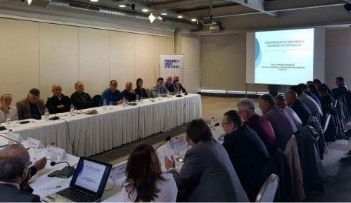 """Fondacija """"Fridrih Ebert"""": Izbori 2020. najsporniji izbori u Srbiji od demokratskih promena 9"""