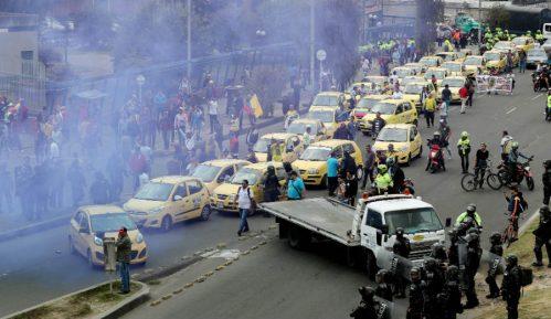 Sukobi u Bogoti zbog Ubera i Kabifaja 12