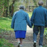 Raspisan novi javni poziv za smeštaj u Domove za starije 1
