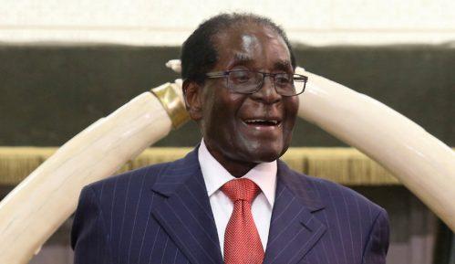 Očekuje se ostavka Mugabea na čelu Zimbabvea 8