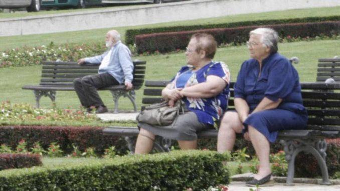 """Na """"doplaćenom"""" odmoru 50.000 penzionera 1"""