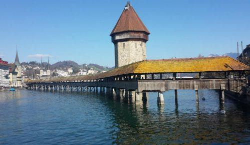 U Švajcarskoj nude novac da nasele selo 14