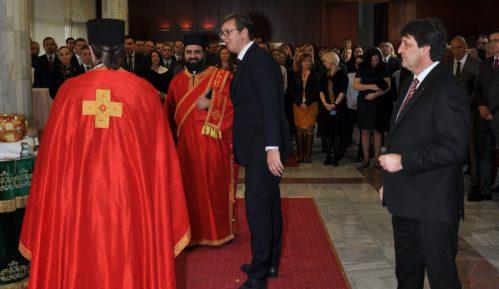 Vučić na krsnoj slavi BIA 2