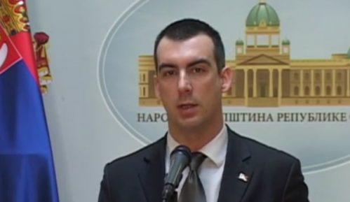 """Orlić: Osporavanje Stefanovićeve diplome """"prljava kampanja blaćenja"""" 3"""