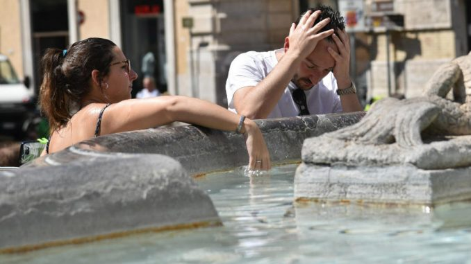 Sunčanica, toplotna iscrpljenost i toplotni udar - kako se zaštititi? 2