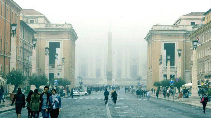 Bez prodaje cigareta u Vatikanu 1