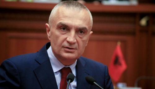 Predsednik Albanije kritikovao priče o ujedinjenju Albanaca 12