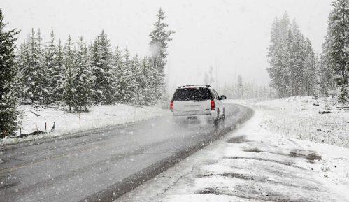 Maksimalan oprez u vožnji zbog kiše i snega 12