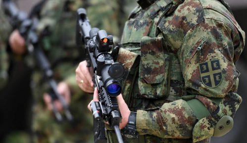 Vojni sindikat: Vojnicima se zakidaju plate 12